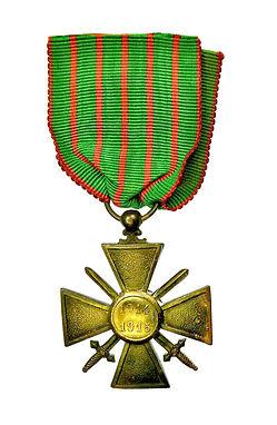 croix-de -guerre-1914-1915.jpg