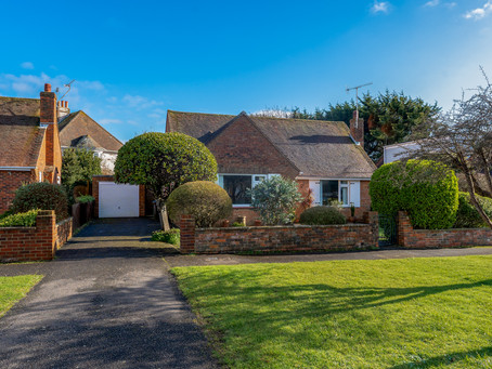 UPDATE -  GREAT BUNGALOW IN THE HEART OF THE VILLAGE - NOW UNDER OFFER!