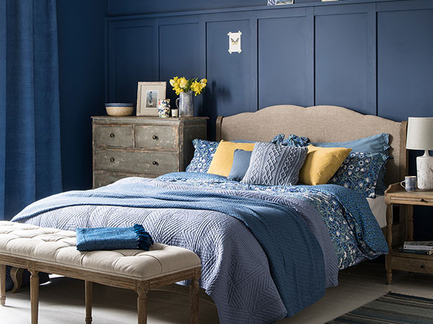 Home decor ideas in pakistan - blue bedroom