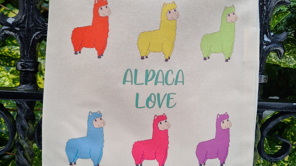 Alpaca Love drawing bag