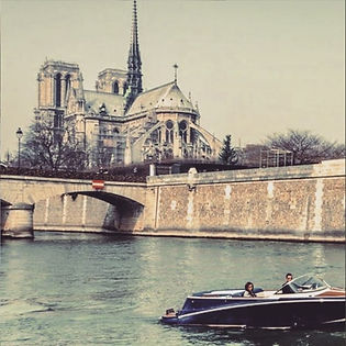 Notre Dame de Paris private cruise.jpg