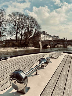 Pont-Neuf private cruise.jpg