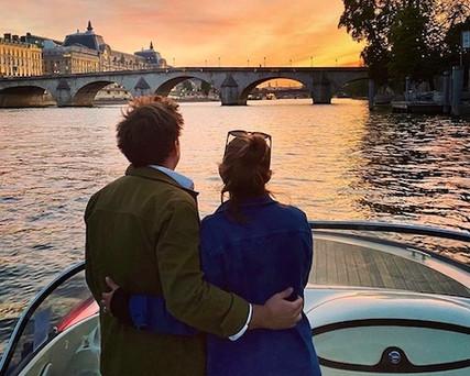 Anniversaire de mariage en bateau a Pari