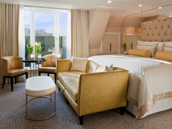 The-Wellesley-London-Executive-Room-Suites-Rooms-1