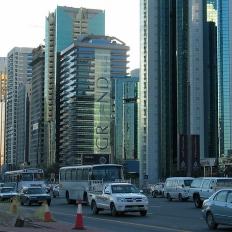 Dubai; Çöl Kumundan Kale Yapmak