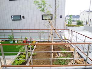 Case26:大型テラス屋根を設置したセカンドリビングとガーデンスペース