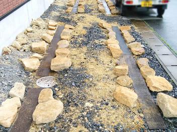 富谷市外構工事|アプローチ・土留め・駐車場のリガーデン工事