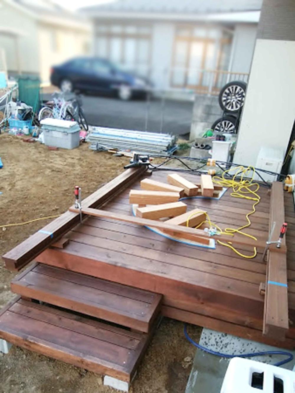 ガーデンアーチとサークルベンチ