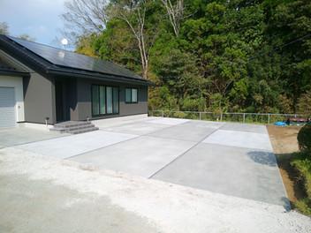 山元町外構工事|広い土間コンスペースで楽しみ方は工夫次第・4
