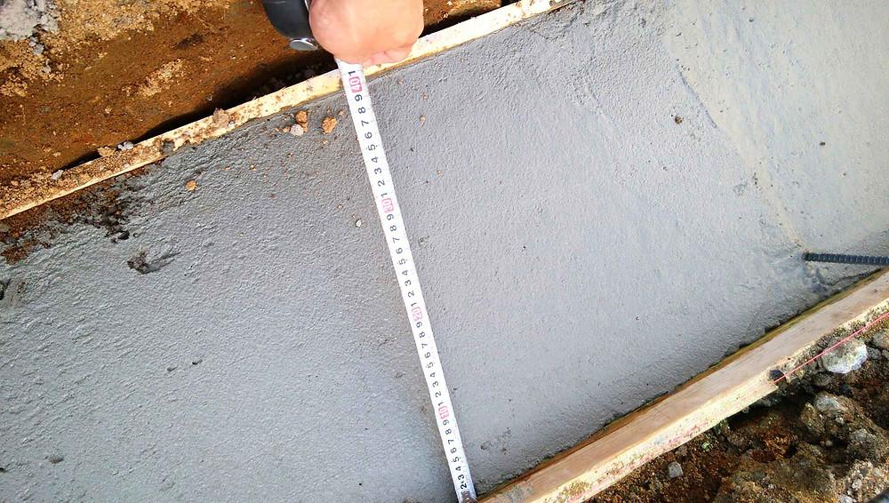 土留めコンクリートブロック基礎3