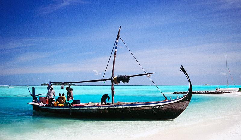 dhoni-maldive