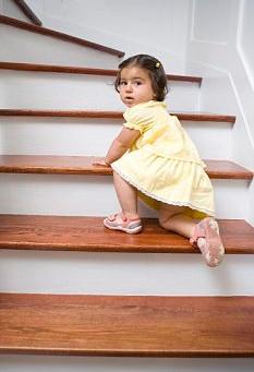 Acidentes em escadas:                    saiba quais são os riscos e como evitar