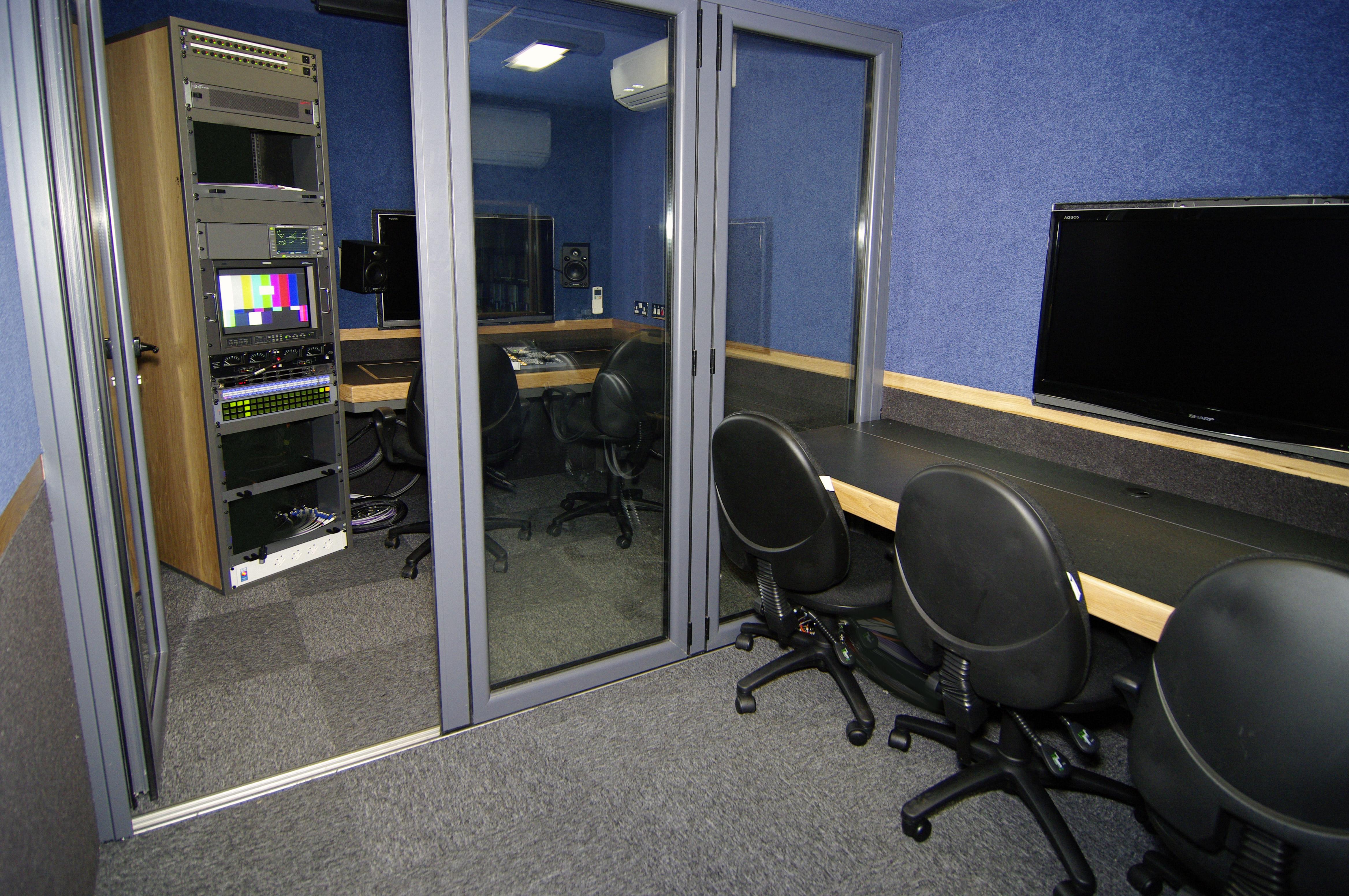 VT6 edit suites