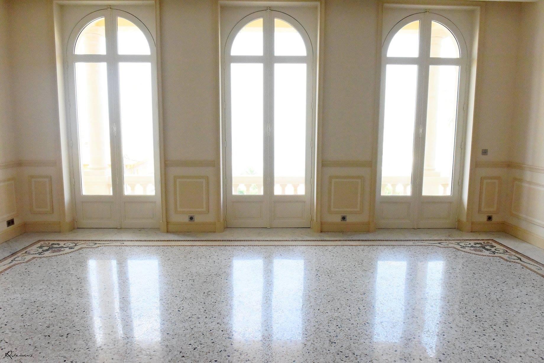 Grand salon en terrazzo