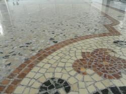 Mosaïque de marbre et granito