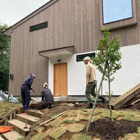 CSH22 Leaf Mountain Hut 造園工事
