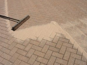 Driveway cleaning and resanding