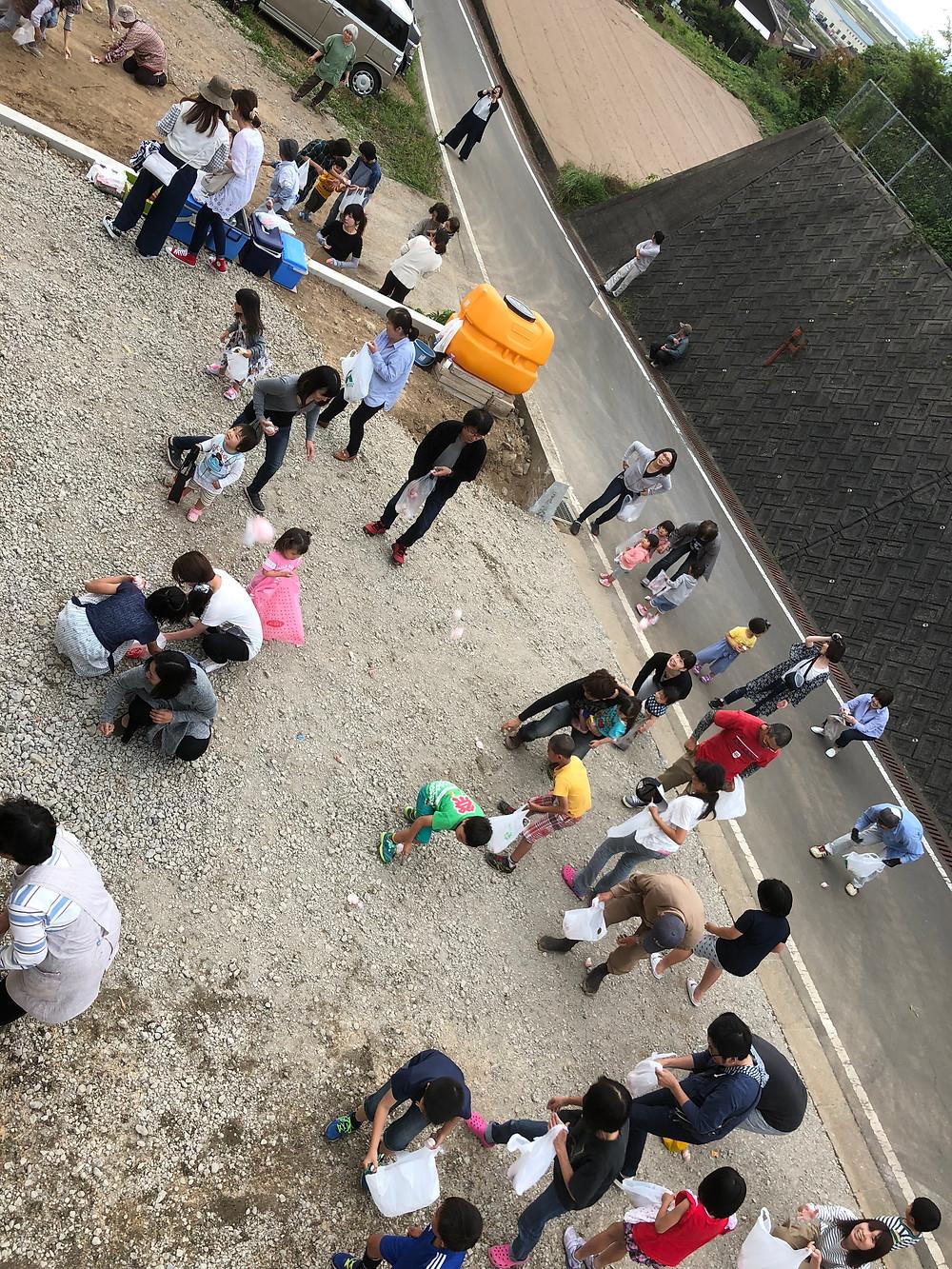 長崎県雲仙市吾妻町上棟餅まきの写真