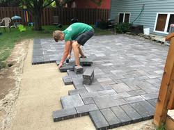 paver patio block laying