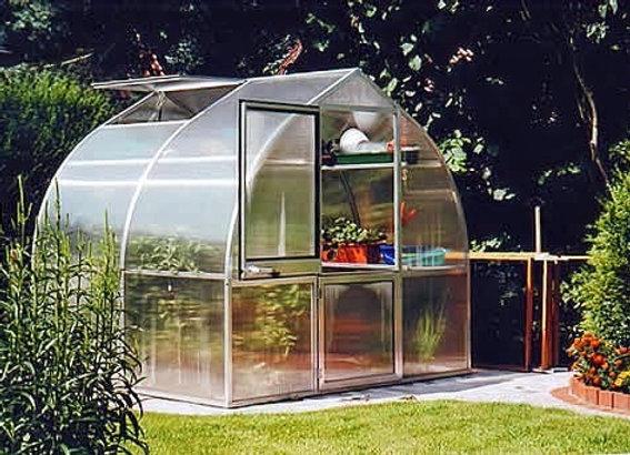 Riga 2s Greenhouse (7 ft L x 8 ft W)
