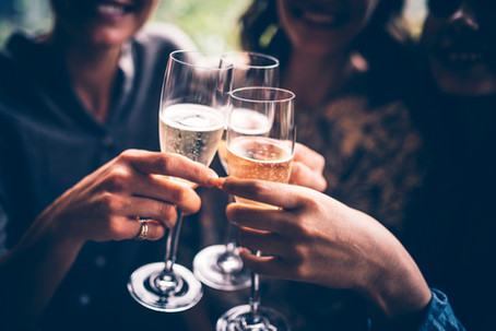 Summer Celebrations Call for Sparkling Wine: Cheers!