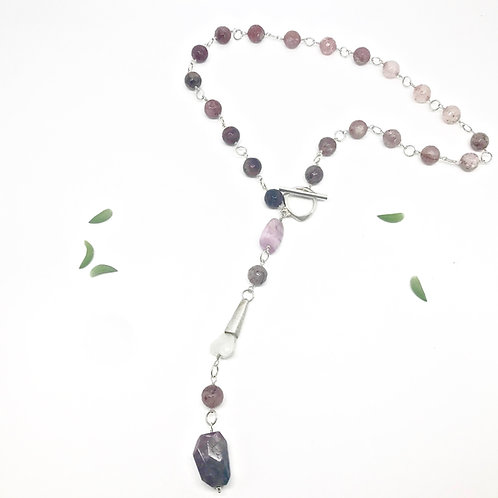 IVY Strawberry Quartz Necklace