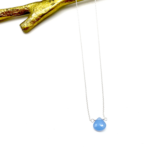 SIOBHAN Blue Chalcedony Short Necklace