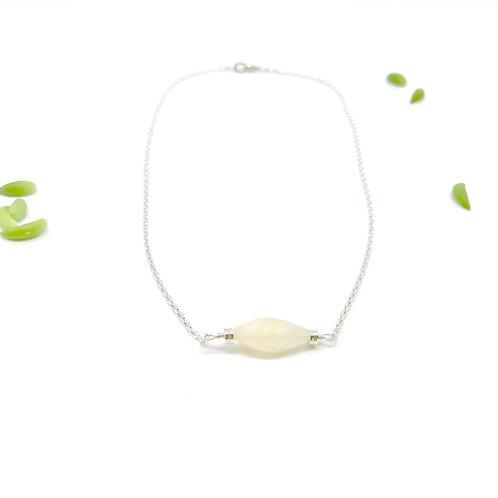 SOPHIE Moonstone Short Collar Necklace