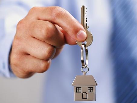 Mortgage applications rocket as rates fall