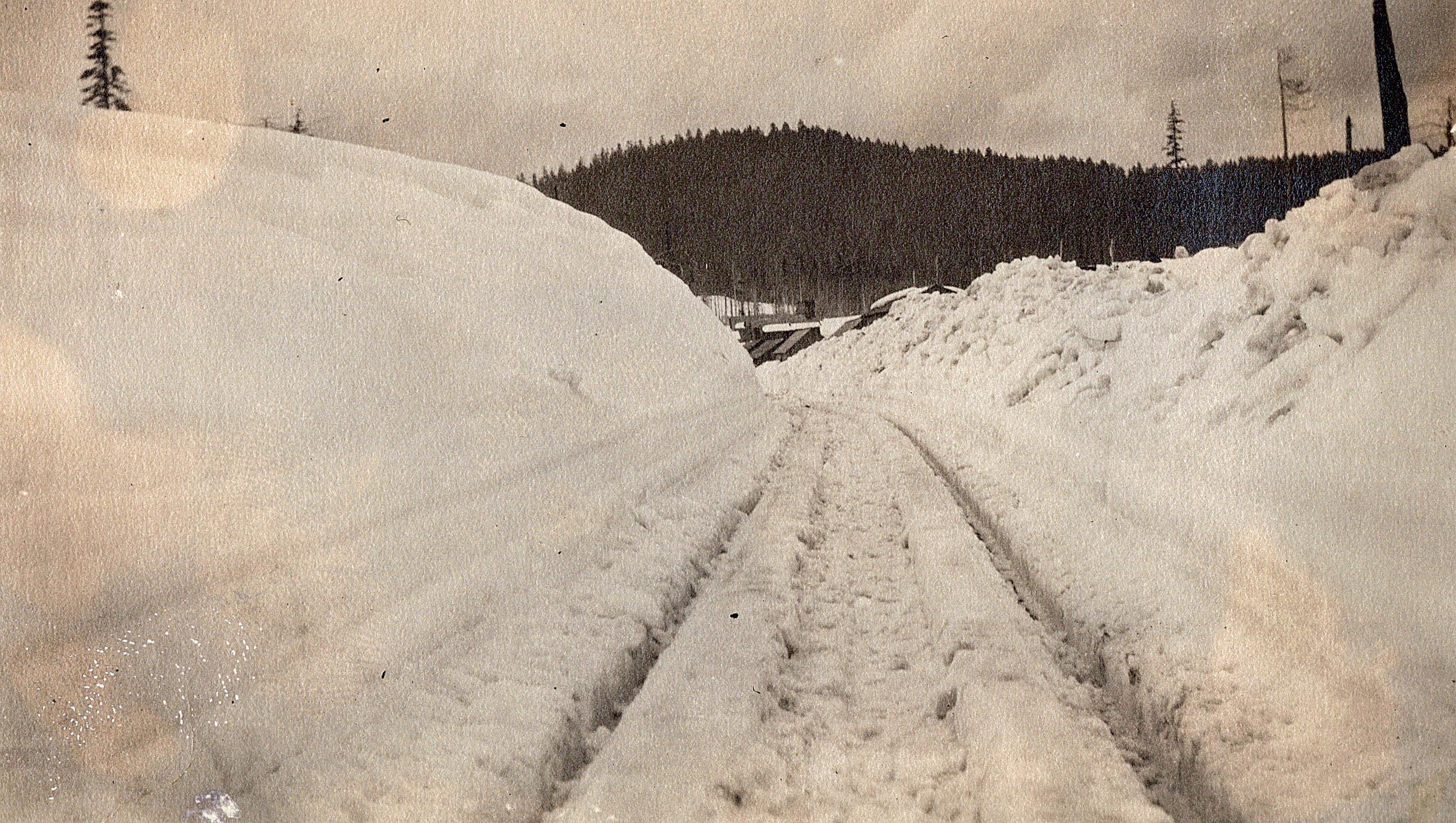 1924_0017.jpg