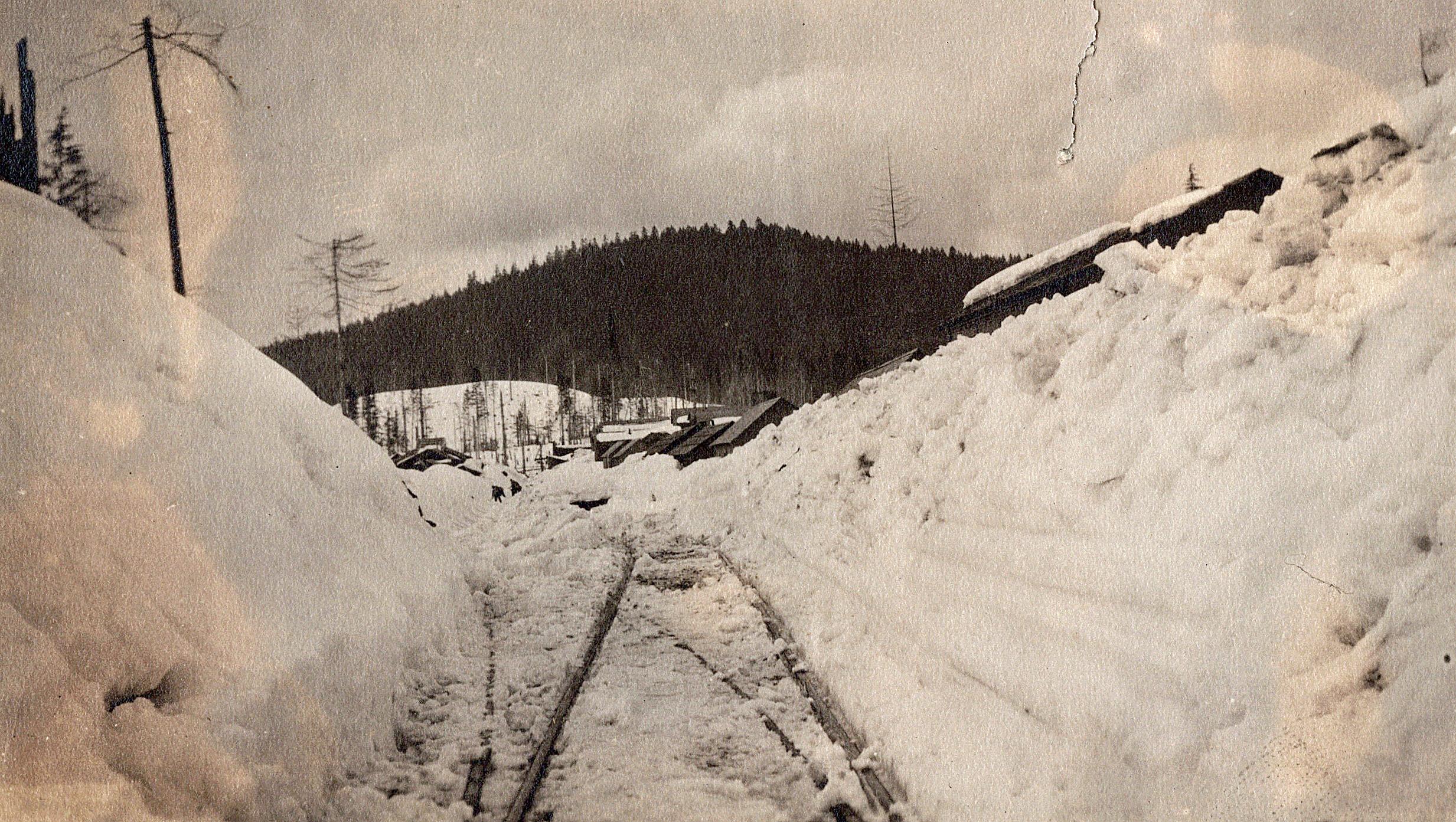 1924_0020.jpg