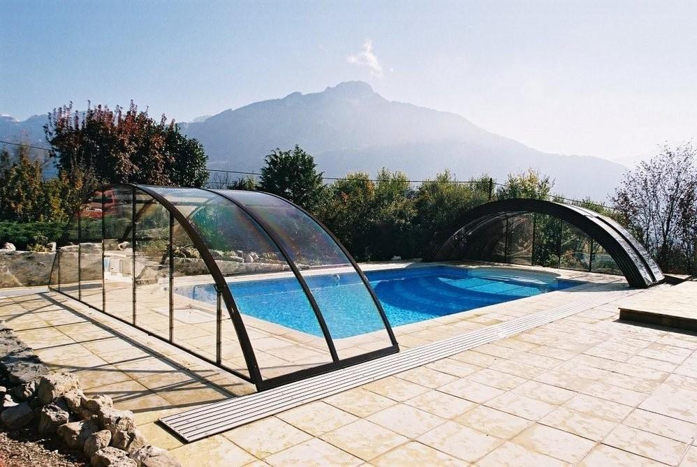 pool-enclosure-universe-custom-made-pool