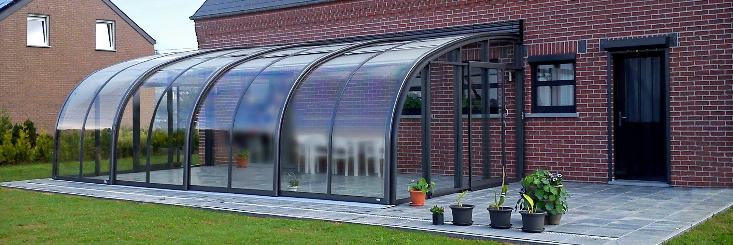retractable-patio-enclosure-corso-entry1