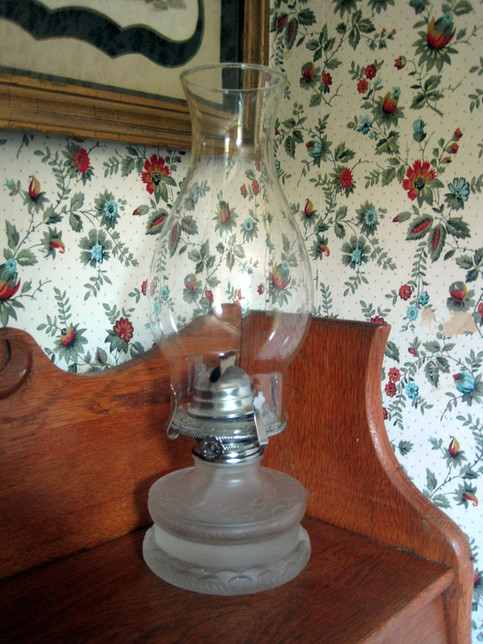Vintage lamp and wallpaper