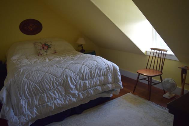 Bedroom 8.4.JPG