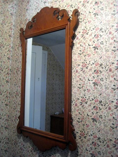 Vintage mirror in bedroom 6