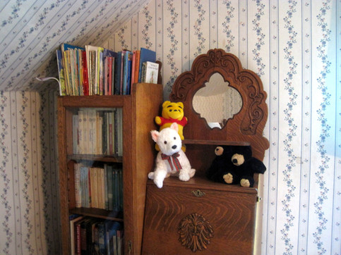 Kid-friendly room with children's books