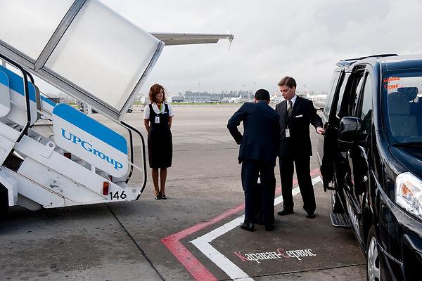 микроавтобус в аэропорт | микроавтобус с водитлем | заказ микроавтобуса | аренда микроавтобуса | микроавтобус бизнесавиация | микроавтобус бизнесджет | микроавтобус деловая авиация | трансфер Домодедово | трансфер Шереметьево | трансфер Внуково