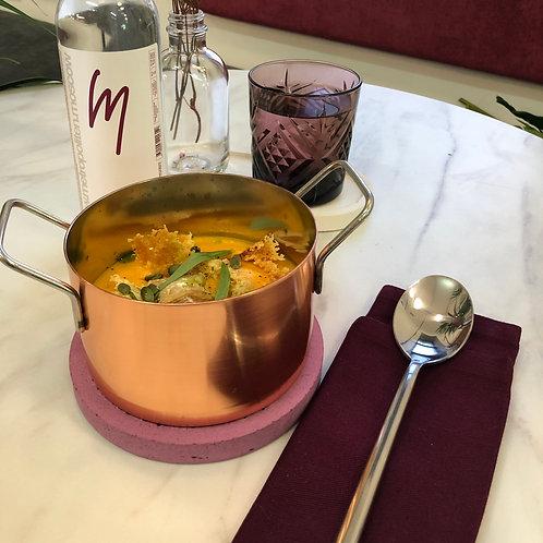 Тыквенный суп с сыром камамбер