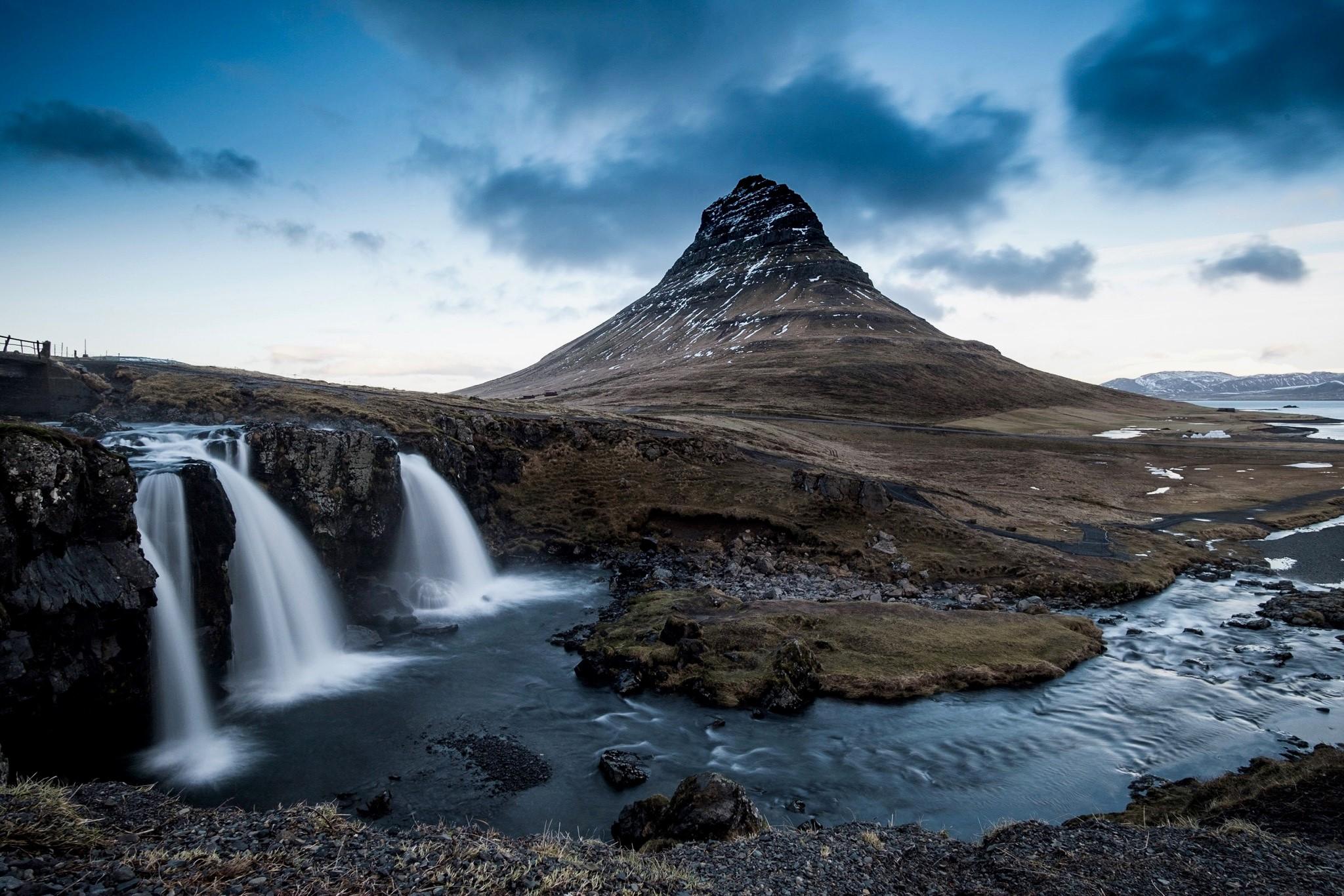 Kirkjufellfoss by Daniel Wood