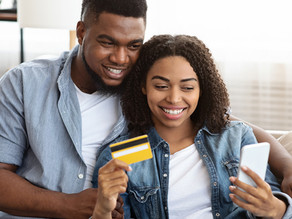 Puntajes crediticios en su tarjeta de crédito
