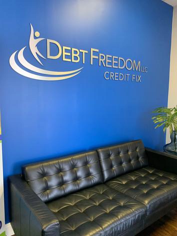 Debt Freedom USA Credit Repair Oficina.j