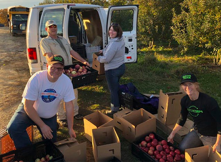 Teamwork and tech help bring food from farms to the hungry