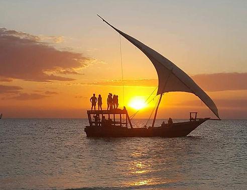 Indian_Ocean_Sunset_Cruise.jpg