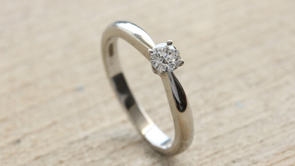 Solitaire Platinum Engagement Ring
