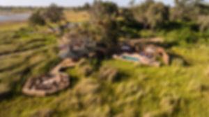 large_focal_1302-little-vumbura-camp.jpg