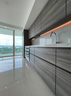 Custom High-end kitchen in Miami