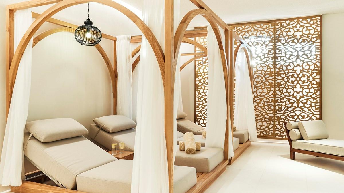 Emerald Palace Kempinski Dubai27.jpg