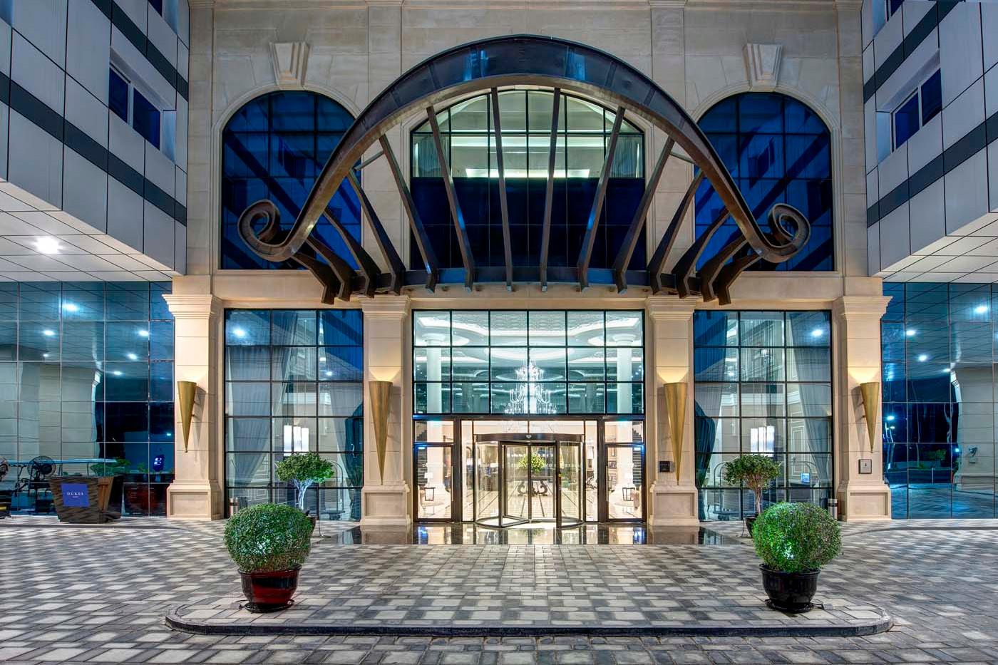 Dukes Dubai Hotel - Palm Jumeirah2.jpg