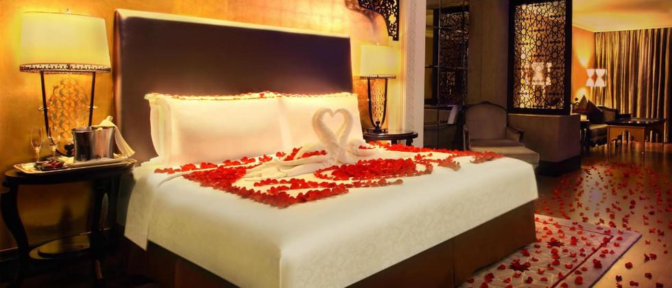 jumeirah-zabeel-saray-romance-setup-1-he